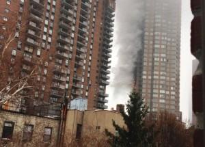108000 timer etter 911 brant det igjen i en skyskraper i New York.