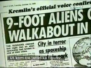 9 fot høye aliens landet på en dato markert med 999.