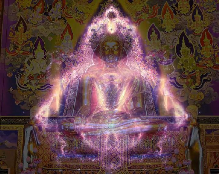Mandelbrotfraktalen lagt oppå en buddha.